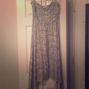 Beautiful floral print dress 🌻